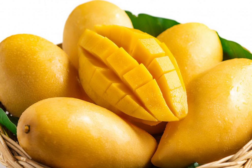 healthiest fruits Mango